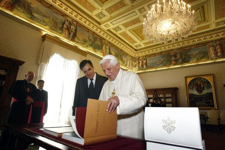 http://eucharistiemisericor.free.fr/galerie/A101009_17.jpg
