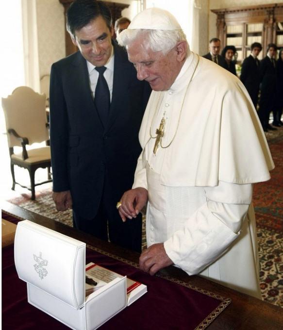 http://eucharistiemisericor.free.fr/galerie/A101009_18.jpg