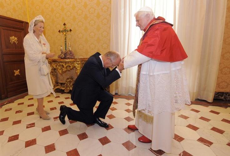 http://eucharistiemisericor.free.fr/galerie/A101009_7.jpg
