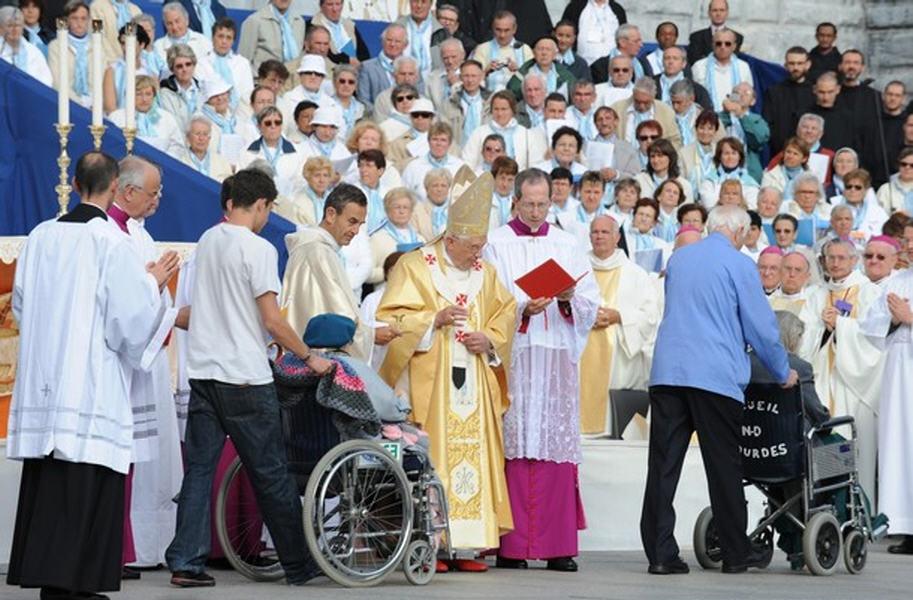 http://eucharistiemisericor.free.fr/galerie/A150908_5.jpg